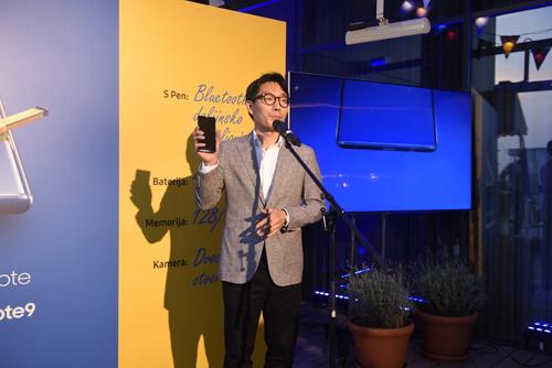 Android vest Samsung Galaxy Note9 telefon stigao u Srbiju